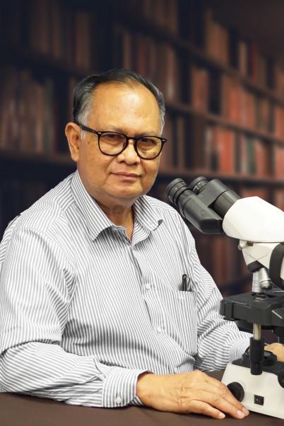 dr. Cahyono Kaelan, PhD, SpPA(K), DFM