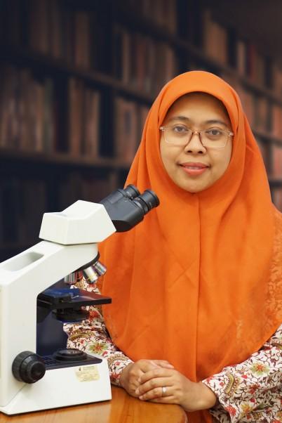 dr. Nur Rahadiani, PhD, SpPA(K)